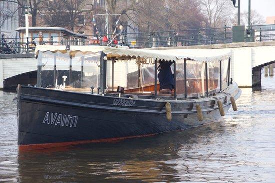 Salonboot Avanti