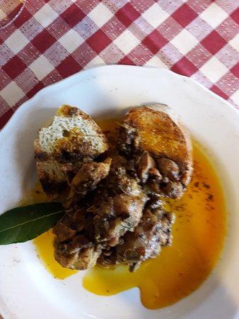 Chianni, Italien: Miso di carni in umido.