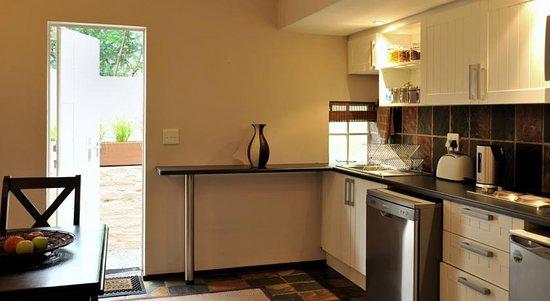 Rivonia, Südafrika: Galley Kitchen