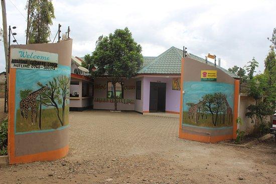 Arusha Giraffe Lodge