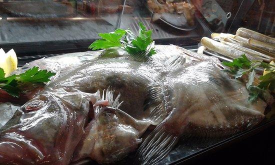 Sa Pobla, Spain: pescado fresco los fines de semana... calidad y buen precio.
