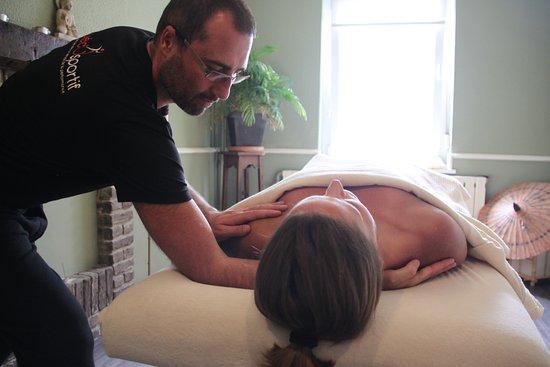 Nivelles, Belgien: massage harmonisant
