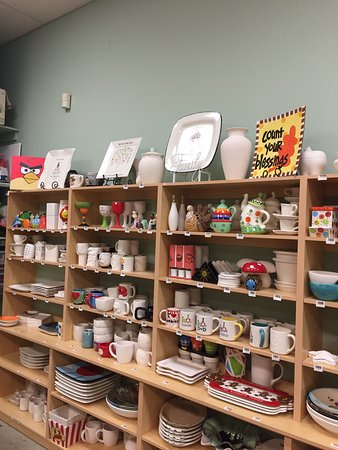 Ceramics A La Carte Pottery & Art Studio