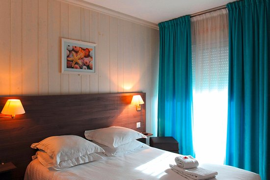 Beau rivage hotel royan france voir les tarifs 89 for Chambres hote royan
