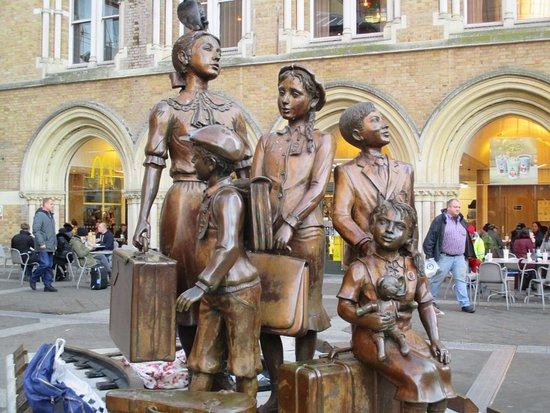 Kindertransport-The Arrival Memorial
