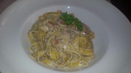 Noventa di Piave, Italia: tagliatelle alla crema di tartufo