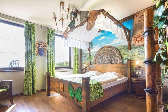 heide park abenteuerhotel soltau tyskland hotel. Black Bedroom Furniture Sets. Home Design Ideas