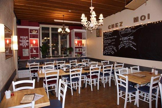 Foyer Home Chez Nous Lausanne : Bistrot du flon swiss restaurant rue de geneve in