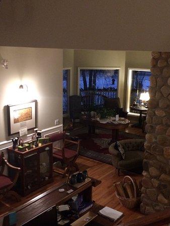 Lady Macdonald Country Inn: photo3.jpg