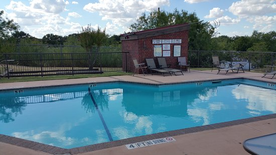 Wichita Falls, TX: lekker zwembadje