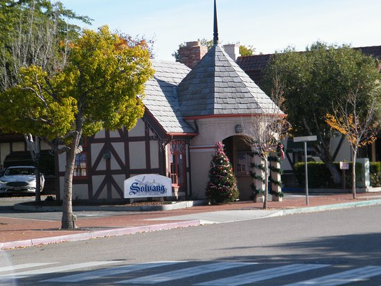 Solvang Danish Village visitor square