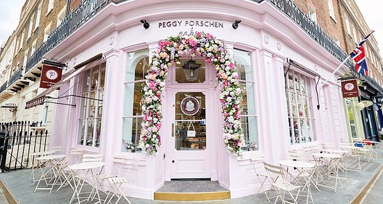 Beautiful Peggy S Facade Picture Of Peggy Porschen Cakes London Tripadvisor