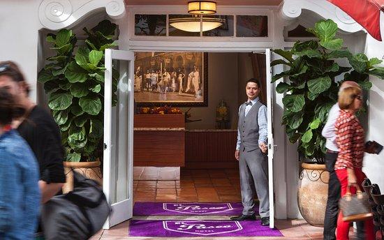Foto de El Paseo Hotel