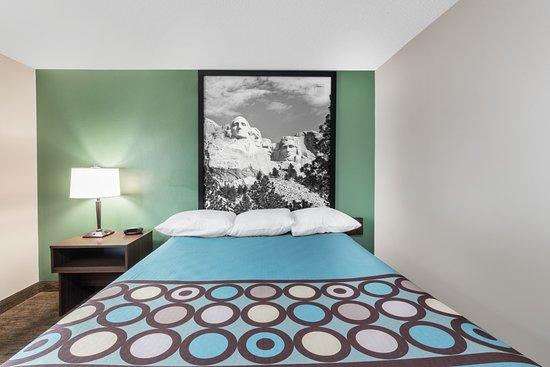 Pierre, Южная Дакота: Room bed Room