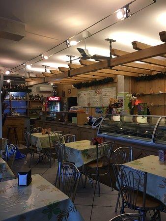 Induno Olona, Italien: Pizza IN gelateria