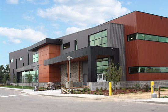 The new building was built in 2014 and houses the City of Wetaskiwin's Recreation Department
