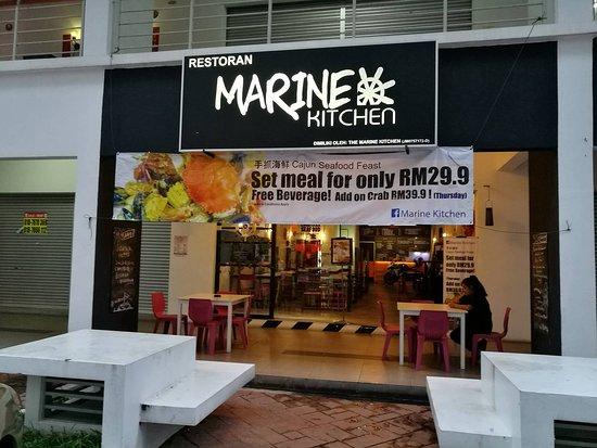 Marine Kitchen Mount Austin JB
