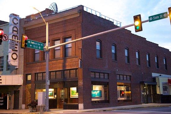 Bristol, VA: Benjamin Walls Gallery -- Between the Cameo and The Burger Bar on State St