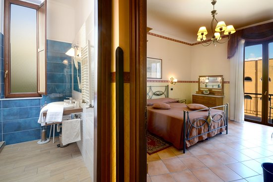 Photo of Pinto-Storey Hotel Naples