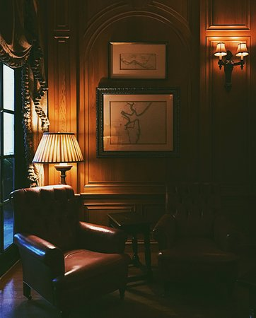 A Quiet Corner In The Cigar Room Picture Of The Cloister At Sea