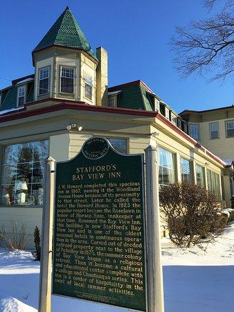 Stafford's Bay View Inn: Historic Inn
