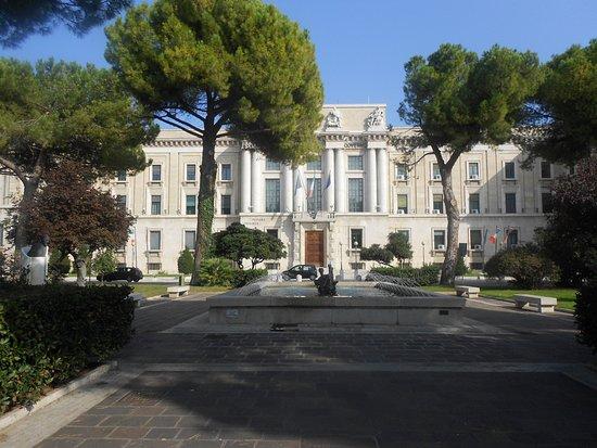 "Fontana ""La Pescara"""