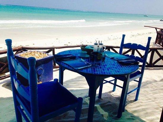 Diani Blue: The Edge Resturant
