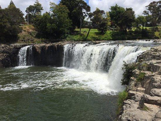 Paihia, Nieuw-Zeeland: Cascata