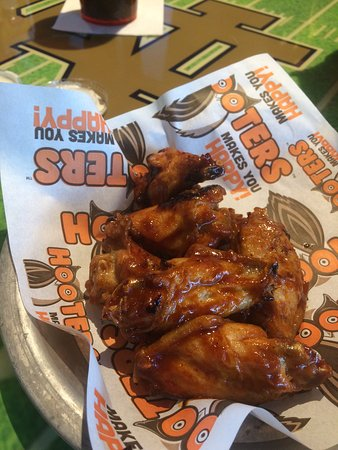 Mishawaka, IN: wings