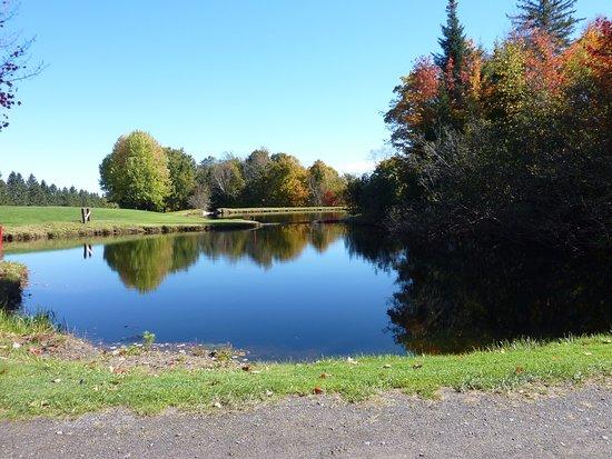 Saint Jerome, Kanada: étang au 5e...