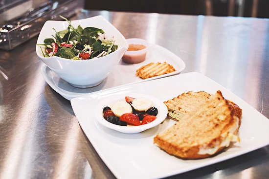 Port Saint Lucie, FL: Signage Salad and a Panini Scrambler!