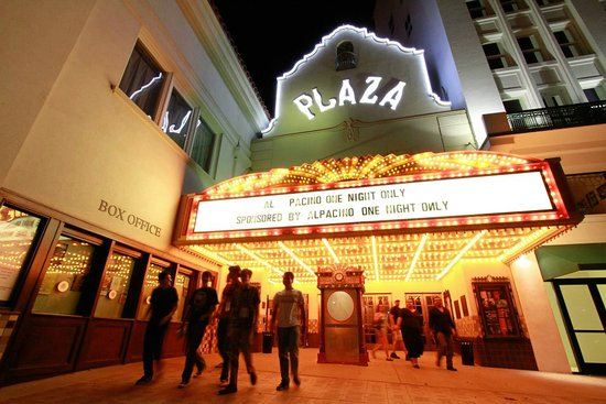 ‪The Plaza Theatre‬