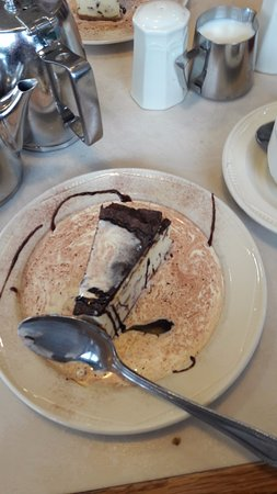 Yeadon, UK: after eight cheese cake