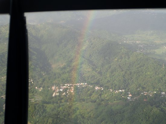 Gros Islet, Sta. Lucía: View and rainbow 😄