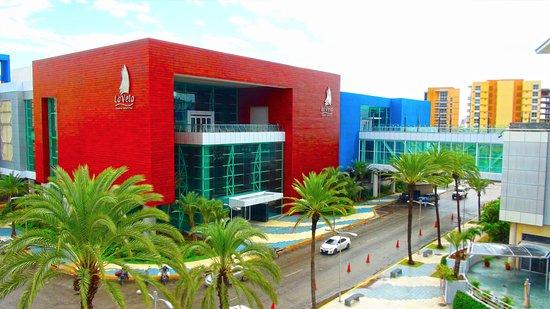Centro Comercial La Vela