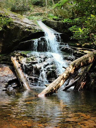 Elizabethton, TN: Other beautiful waterfalls