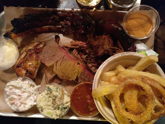 Bison Bar and BBQ: A magical smokey tasting platter!