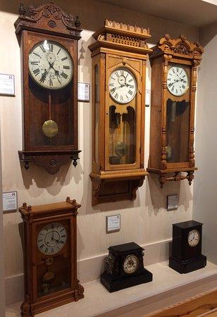 Starkville, MS: Antique clocks.