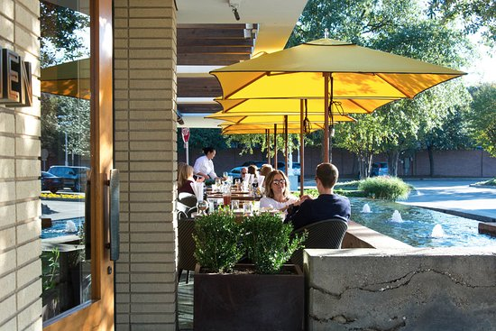 R+D Kitchen - patio & R+D Kitchen - patio - Picture of R+D Kitchen Dallas - TripAdvisor