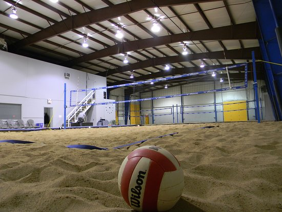 Dieppe, Canada: Indoor Beach Volleyball Courts