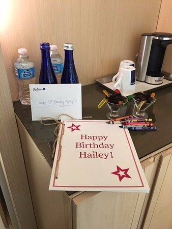Radisson Blu Aqua Hotel: nice touch for my daughter celebrating her birthday