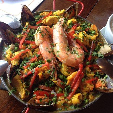 Bucéfalus Restaurante Grill: Paella maravilhosa