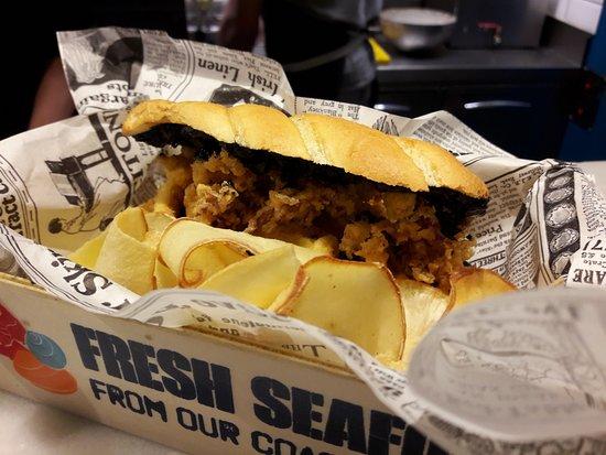 Squid sandwich (Bocadillo de calamares)