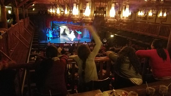 The Hoop-Dee-Doo Musical Revue: Super Fun, and delicious ribs, fried chicken, excellent service. The musical is fantastic