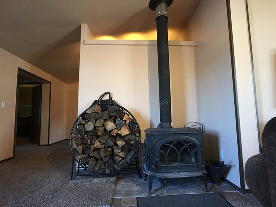 Angel Fire, NM: The wood stove in the vacation rental