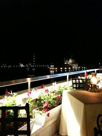 Hotel Danieli, A Luxury Collection Hotel: Vue de la terrasse du restaurant de l'hôtel.