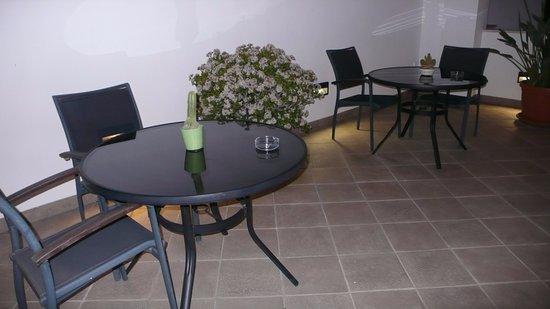Apartamentos Ardales: Terraza