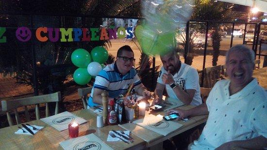 Sabaneta, Colômbia: Cumpleaños en el Restaurante CATALAN