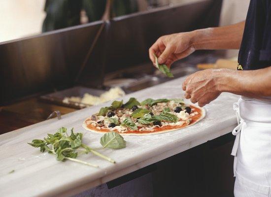 Slough, UK: Our delicious pizzas....