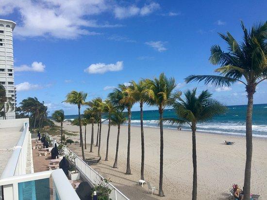 Foto de Tideline Ocean Resort & Spa
